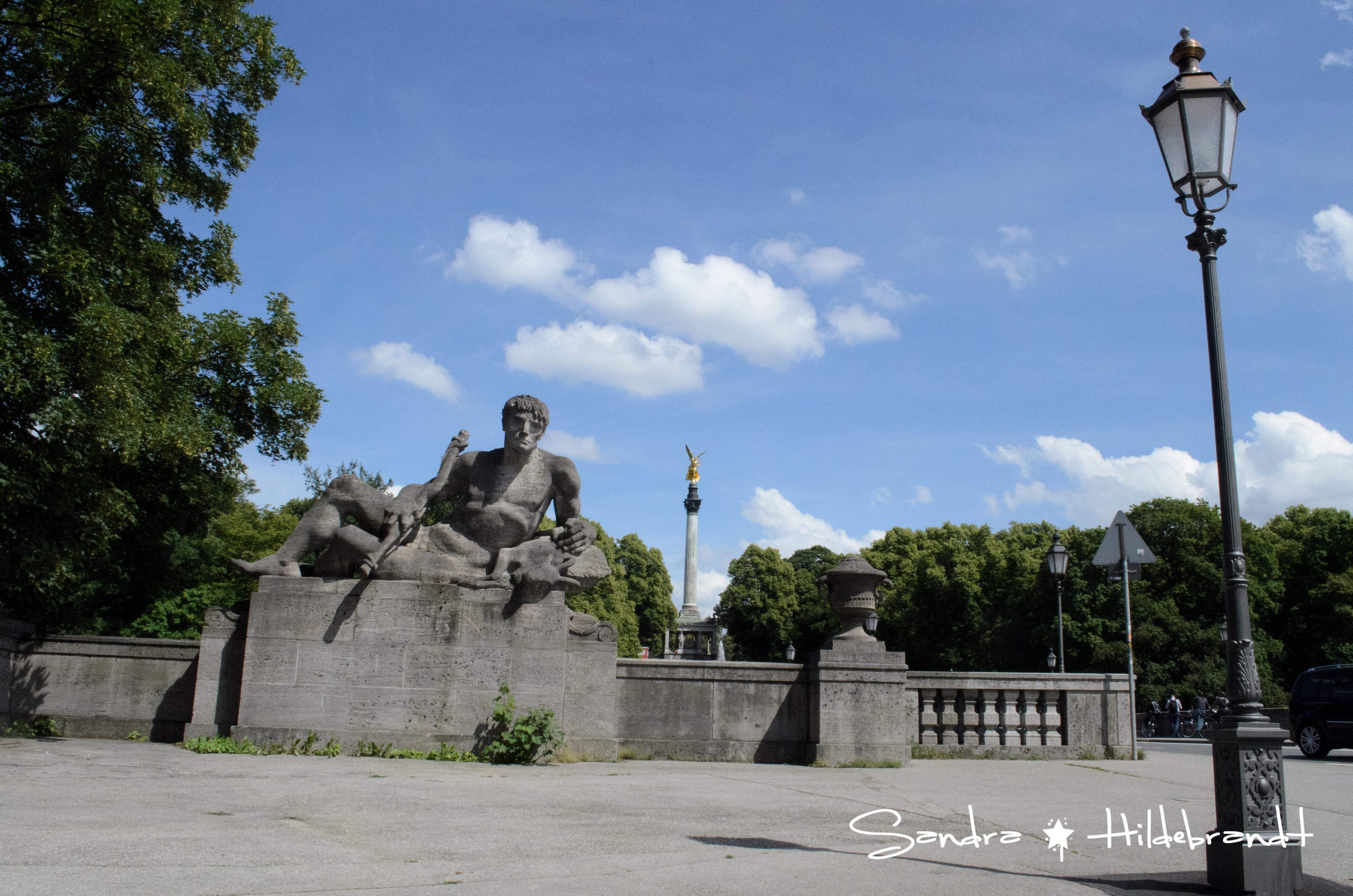 München / Munich - Monument in München